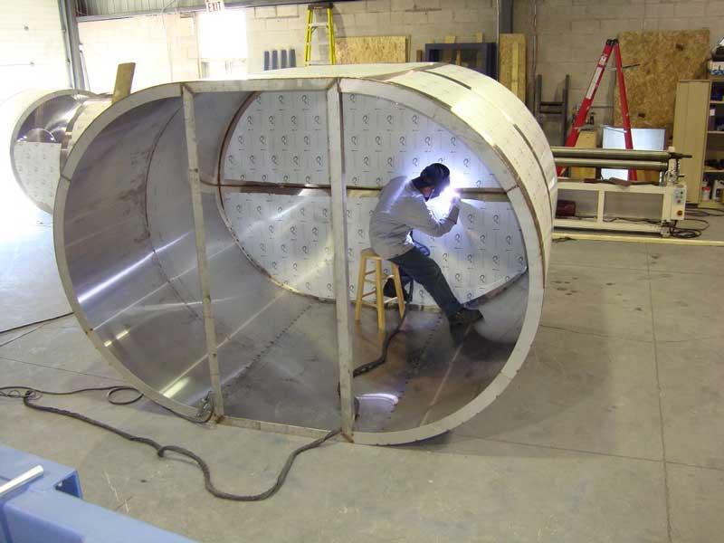 ساخت مخازن استیل و مخازن خاص