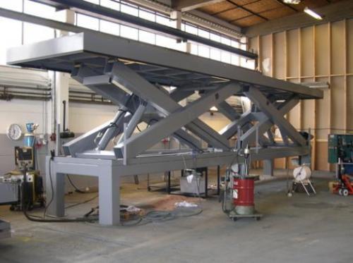 ۱۵۹۲طراحی و ساخت انواع شاسی و استراکچر صنعتی